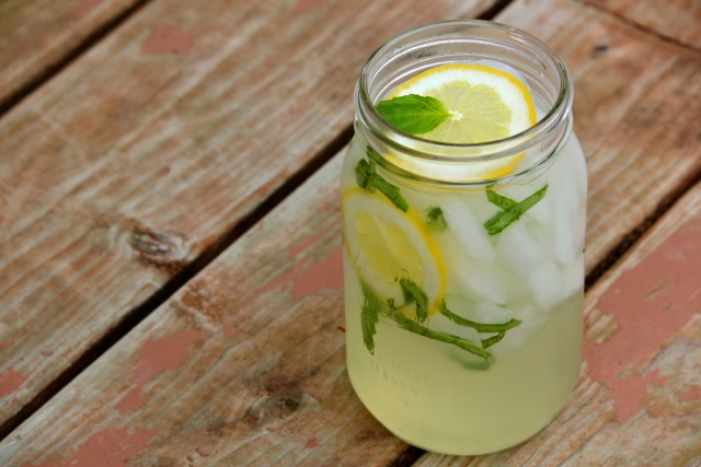 basil-lemonade